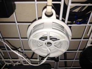 画像1:ねじねじ針金を引っ掛けておくと便利!